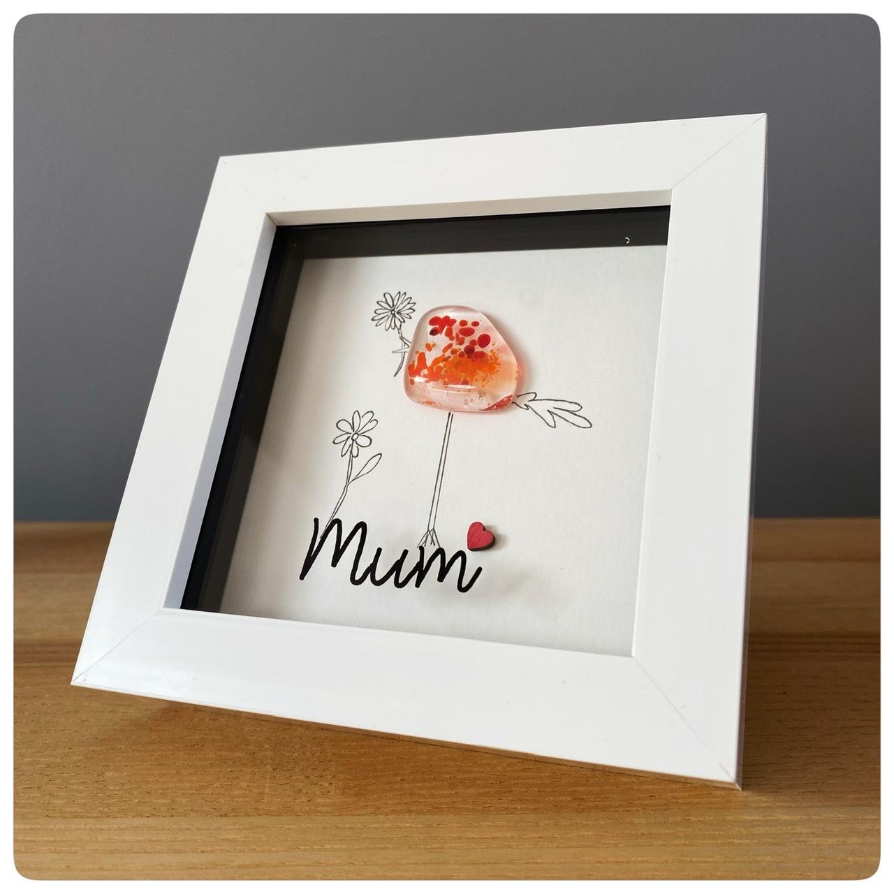 Mum bird with flower